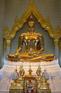 220px-Golden_buddha